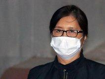 崔顺实出庭受审 口罩遮脸表情冷淡图片