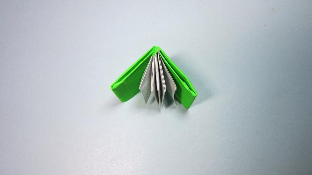 视频:儿童手工折纸书本 简单的迷你书籍折纸教程