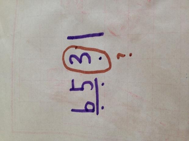 """音乐简谱中""""低音3""""的f调怎么在尤克里里中出来?"""