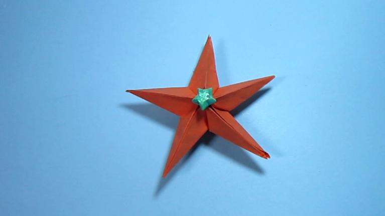 简单的手工折纸大全:立体五角星的折法
