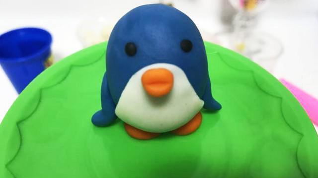 玩具视频 橡皮泥手工制作qq企鹅 亲子游戏