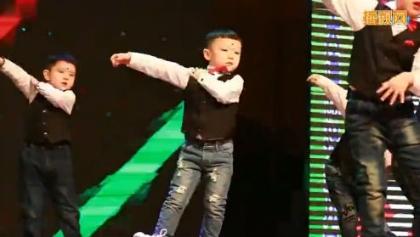 幼儿园舞蹈视频大全《宠爱》幼儿舞蹈