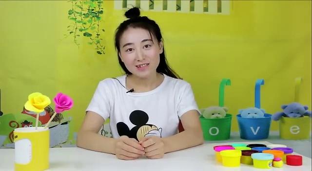 小新孖孖 diy手工制作玫瑰花教程 幼儿园橡皮泥-儿童彩泥视频