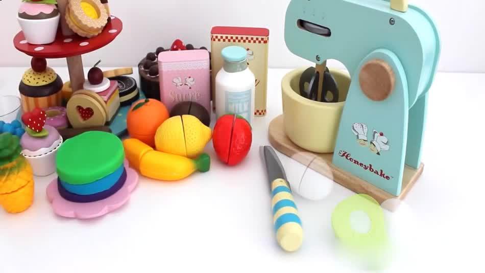 玩具视频 橡皮泥手工制作彩虹蛋糕 切水果套餐 亲子游戏