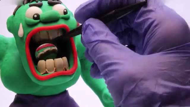 橡皮泥手工制作视频_冰雪奇缘艾莎蝙蝠侠_不讲卫生的绿巨人