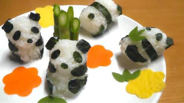 自制可爱大熊猫饭团-日本食玩-迷你厨房 098