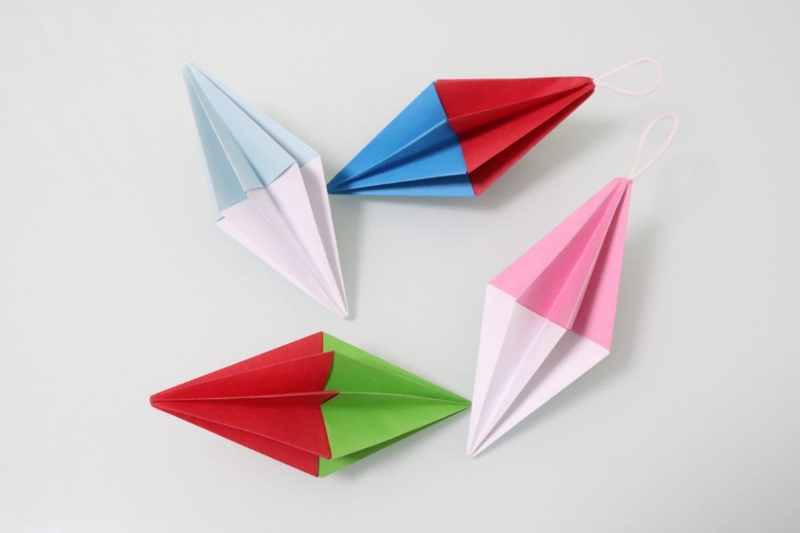 漂亮的彩色挂件折纸,做法很简单,用来装饰家或者包包,美翻了图片