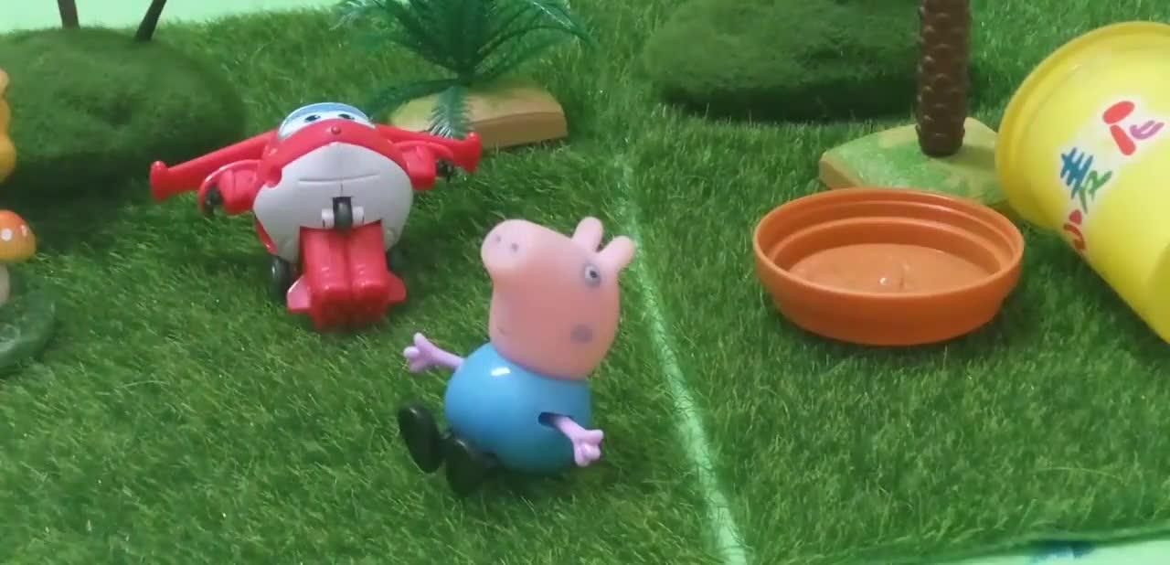 粉红猪小妹玩橡皮泥彩泥过家家,小猪佩奇超级飞侠乐迪巧虎也来啦,.
