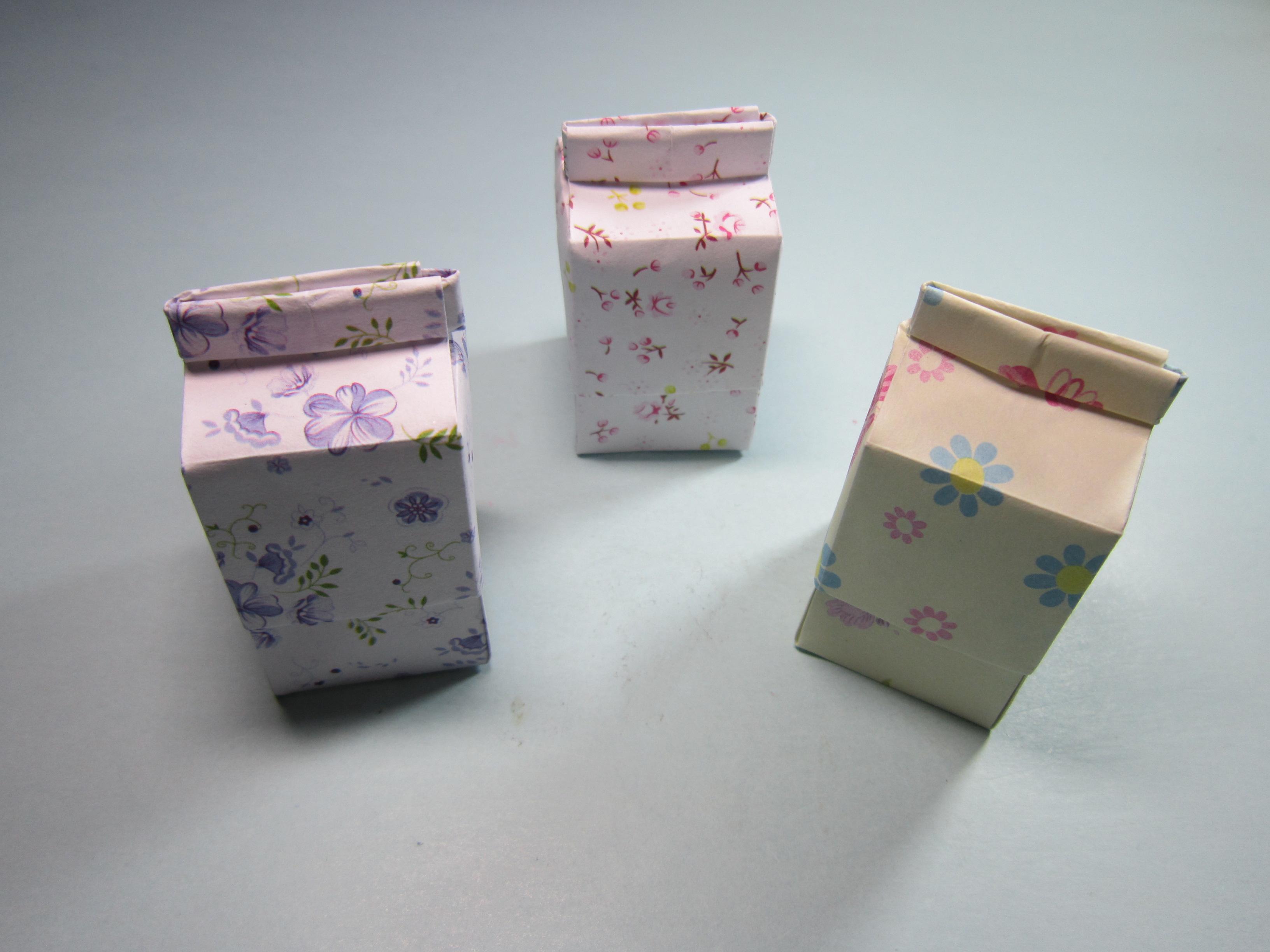 儿童手工折纸牛奶盒,简单漂亮牛奶纸盒的折法