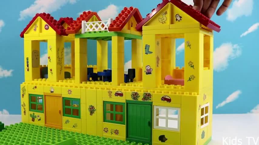 小猪佩奇积木房屋 小猪佩奇 第四季 粉红猪小妹做恶梦