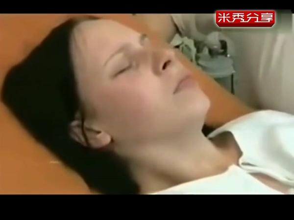 中国女人顺产生孩子视频_女性顺产视频 手术分娩 孕妇生孩子视频全部过程