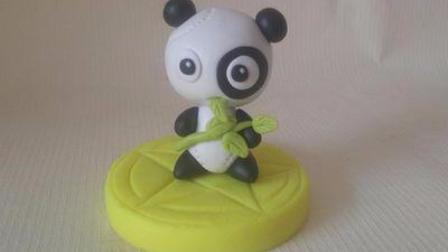 视频-粘土教程:教你捏出吃树叶的熊猫