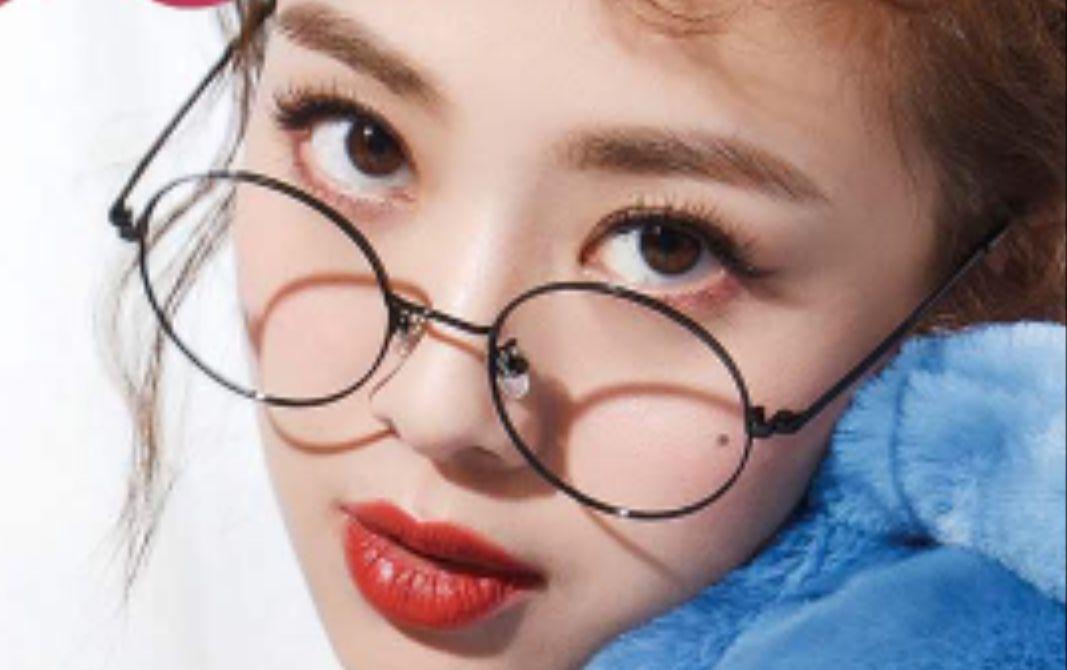 鬼鬼吴映洁仿妆封面日系杂志妆容结合明星大侦探