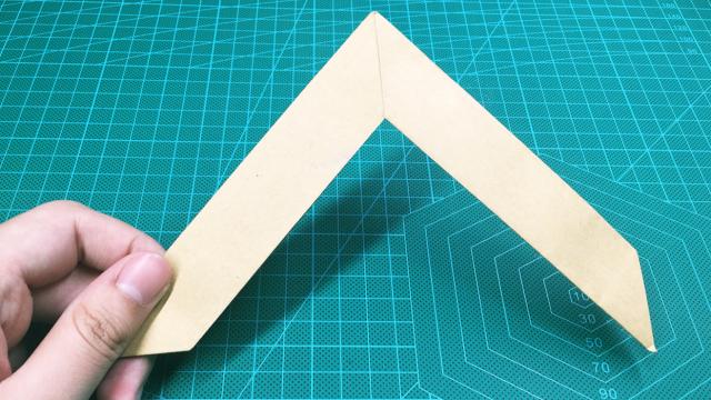 视频:折纸古代武器回旋镖,扔出去可以自己飞回来,厉害了!