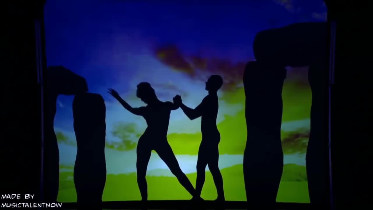 达人秀:最煽情的的影子舞,跳的太美了 众人都流泪了 评委哭的淅沥.