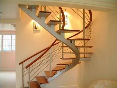 90度旋转楼梯这样设计合适吗?