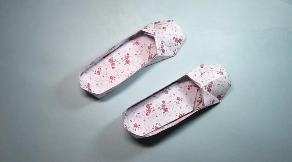 儿童手工折纸豆豆鞋,简单又漂亮豆豆鞋子的折法