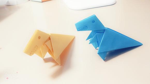 视频:教幼儿折纸霸王龙 简单几个步骤完成恐龙中的霸主