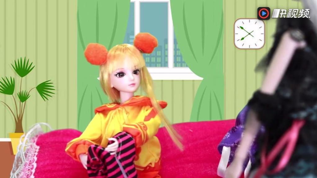 叶罗丽亮彩仙子要去上学 白光莹给她变了什么衣服呀 亮彩很无奈图片