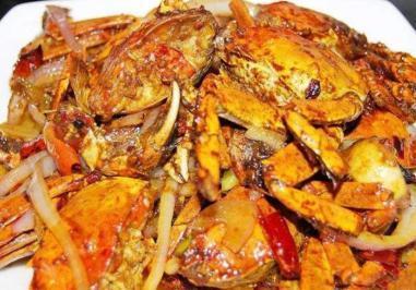 螃蟹a螃蟹红薯一起吃?梦见在海边吃猪肉图片