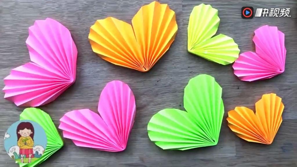 幼儿手工diy, 儿童简单折纸, 用圆形就可以折出一颗心
