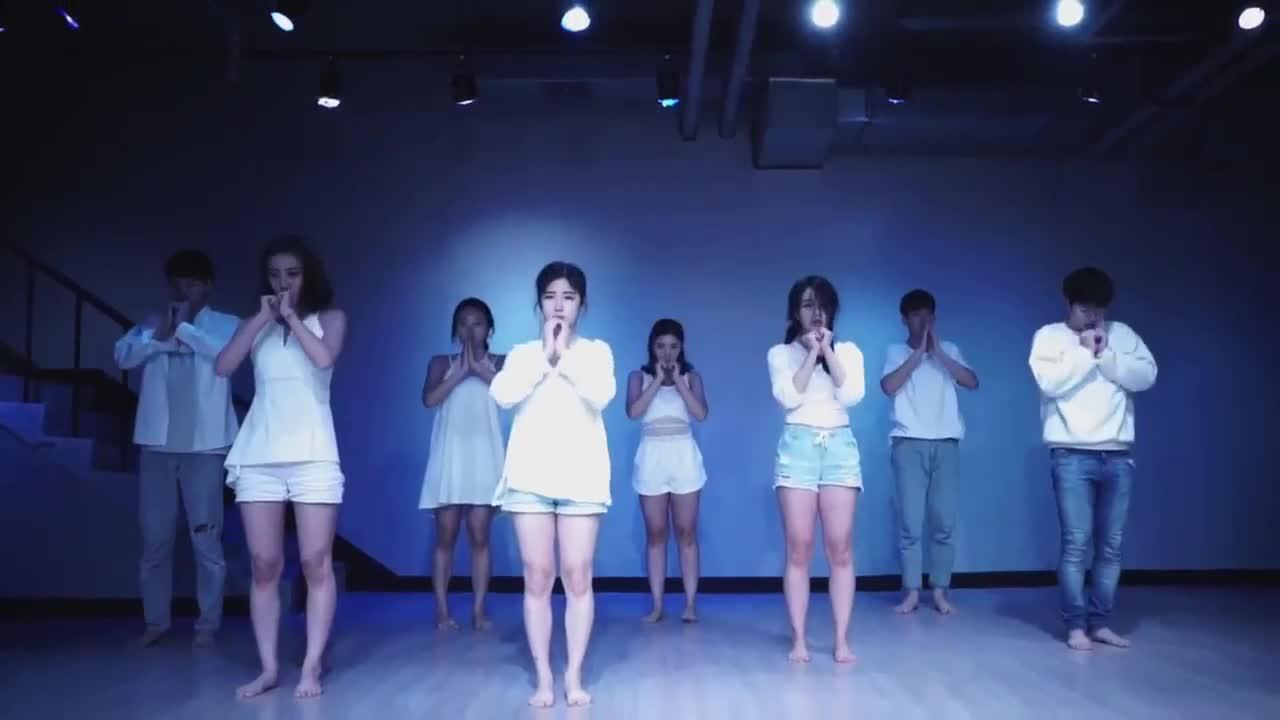 爵士舞蹈教学版-简单又带动气氛的舞蹈_动作简单又的图片