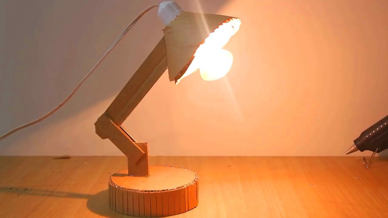 """手工diy,用纸板制作""""台灯""""的方法,简单又实用"""