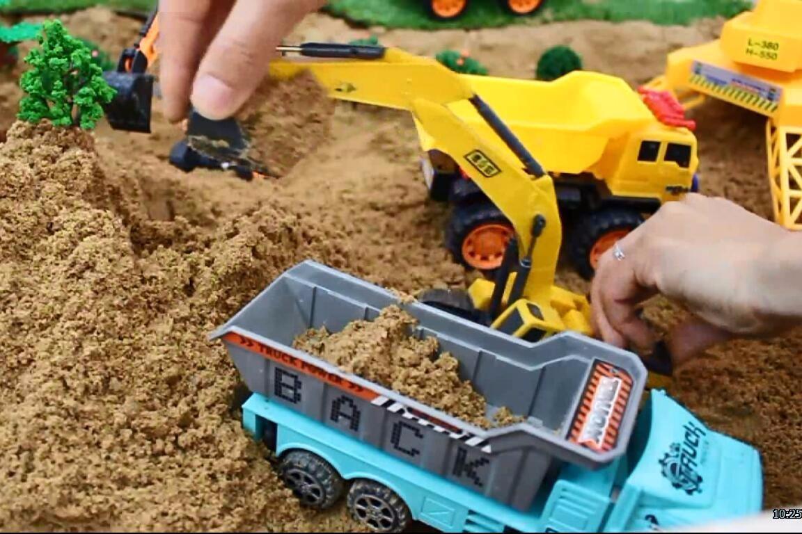 积木玩具挖掘机建幼儿园益智积木游戏