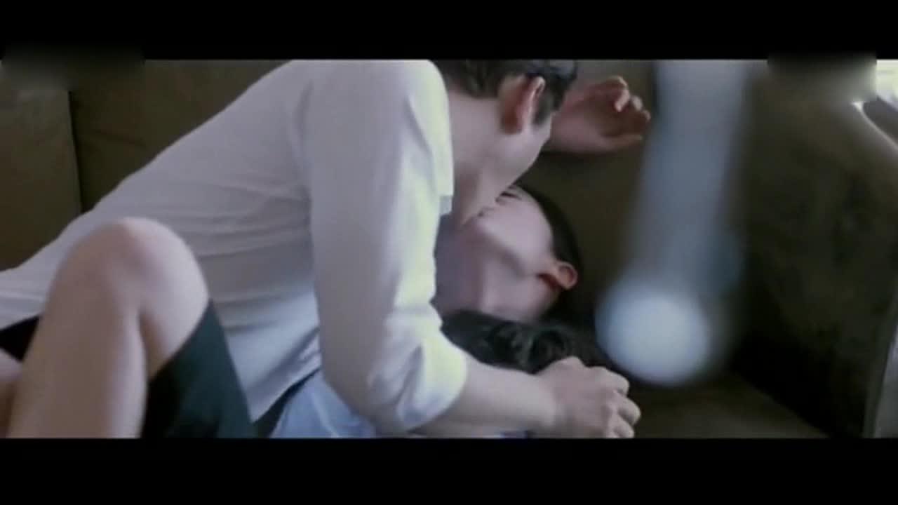512美女裸体偷情_美女办公室偷情 性感