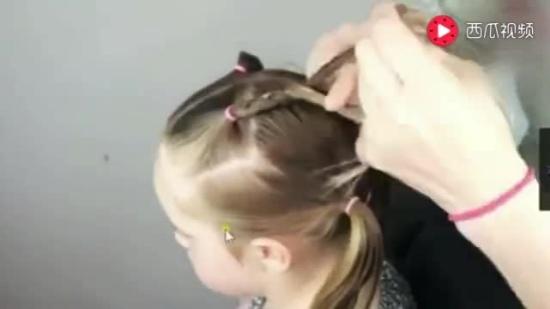适合头发少的儿童编发教程,这样扎,宝宝头发在碎也能可爱漂亮