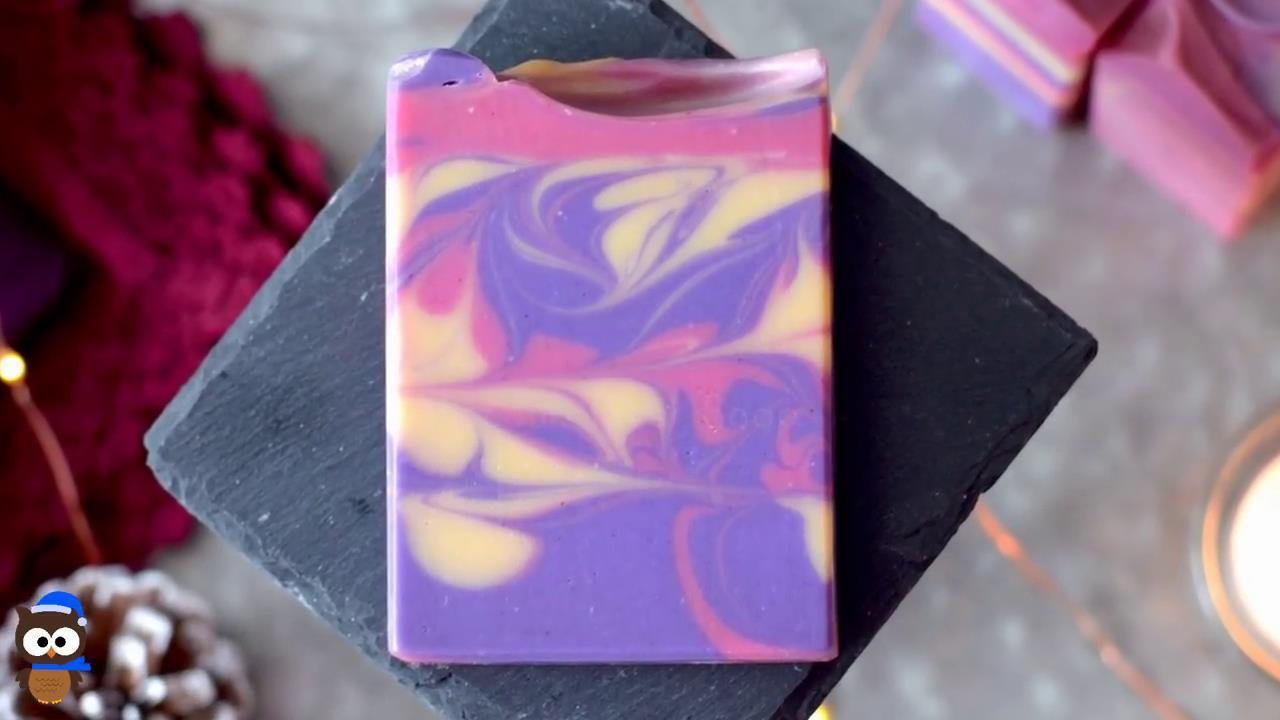 月光石榴手工皂制作过程实拍