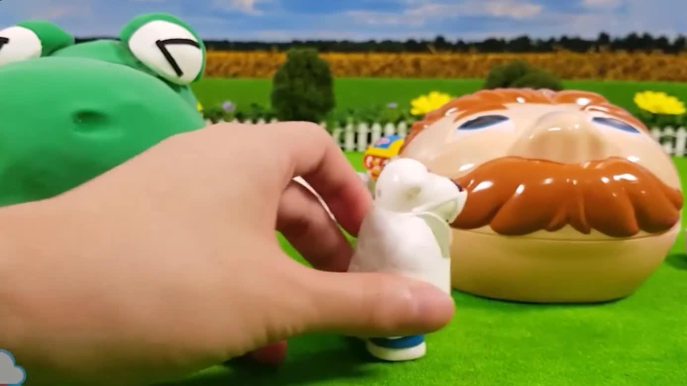 玩具动画 恐龙嘴和培乐多彩泥 橡皮泥卫生署医生电钻爆笑虫子进洗