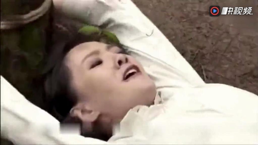 强奸日本少女_美女特工被日本兵强奸,八路军赶到时已经为时已晚!