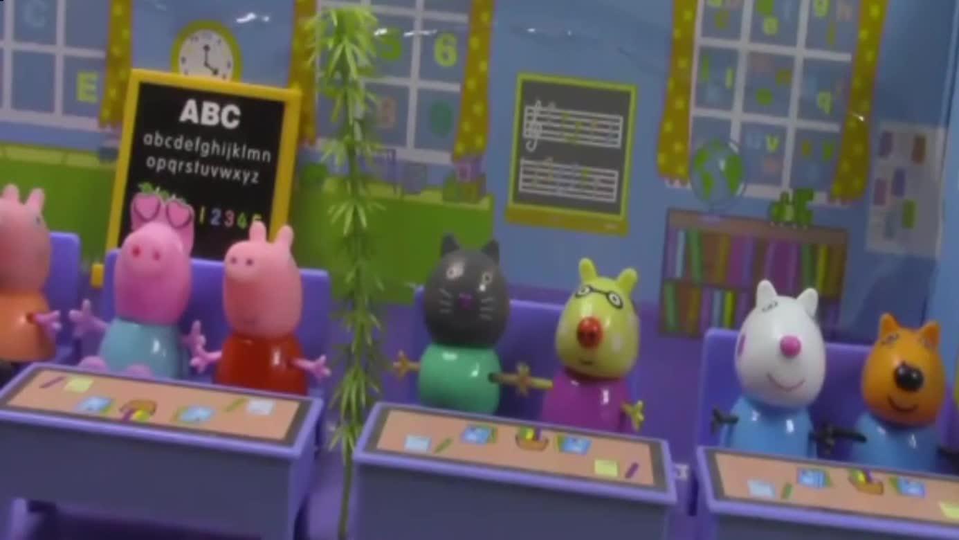 粉红小猪佩奇沙皮胶彩泥粘土 超级飞侠奇趣蛋面包超