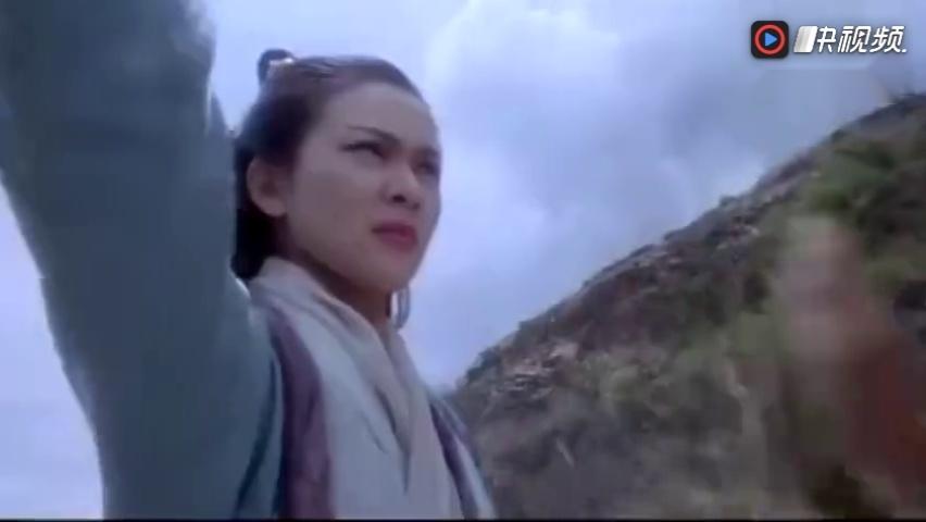 《 新仙鹤神针 》里得关之琳真的好美~!