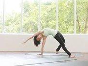 练瑜伽总是腰疼?缘由竟是…