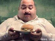 减脂期间饿了怎么办千万不要忍着吃着就能瘦