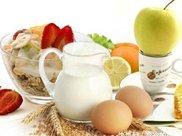 不吃早餐,影响胃酸的分泌胆汁的排出,消化系统功能减弱