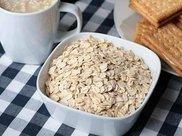 营养师:早餐吃燕麦稳定血糖、降血脂,尤其减肥人群适合多吃点