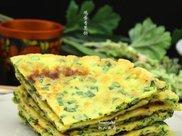 鸡蛋香葱饼是一款非常快速好吃的早餐,都是自家种的食材,想吃的时候随时做