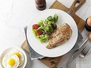 可以不做有氧训练只做无氧训练,通过高蛋白低碳水低脂肪的饮食减脂么?