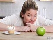 减肥总控制不住食欲咋办?这5招让你迅速消除饥饿感,成功减10斤