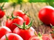 """西红柿""""红皮的好""""还是""""粉皮的好""""果农给出答案,别再买错了"""