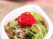 美食推荐:甜辣鸡脖子,蚝油生菜,玉米胡萝卜汤的做法