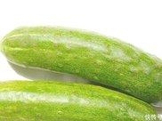 巧吃黄瓜能减肥排毒养颜,并且还能让身体内的脂肪悄悄地流失