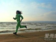 每天晨跑半小时一个月能瘦多少 每天晨跑能减肥吗