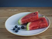 夏天吃西瓜能减肥?许多人都着了道,还不如吃一物实在