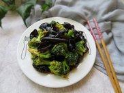老婆隔三差五就做这道菜,减肥刮油瘦肚子,一个冬天瘦了20斤!