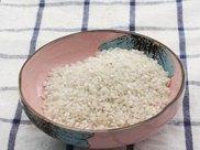 """大米炒一下再吃,堪比""""灵药"""",排毒、瘦身还祛湿,好处如此多!"""