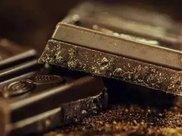 吃黑巧克力还能改善视力?是的你没看错